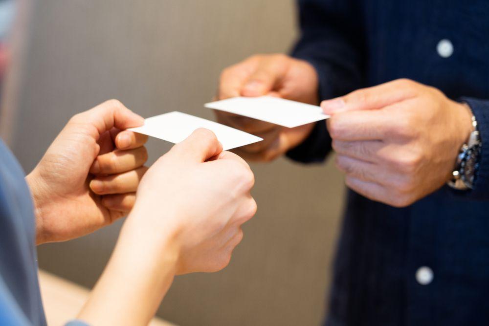 独立開業したら名刺を作ろう!おすすめ名刺アピール方法